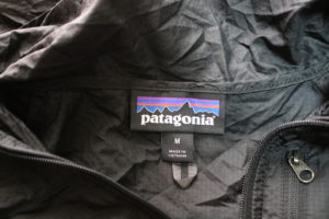 パタゴニア刺繍タグ